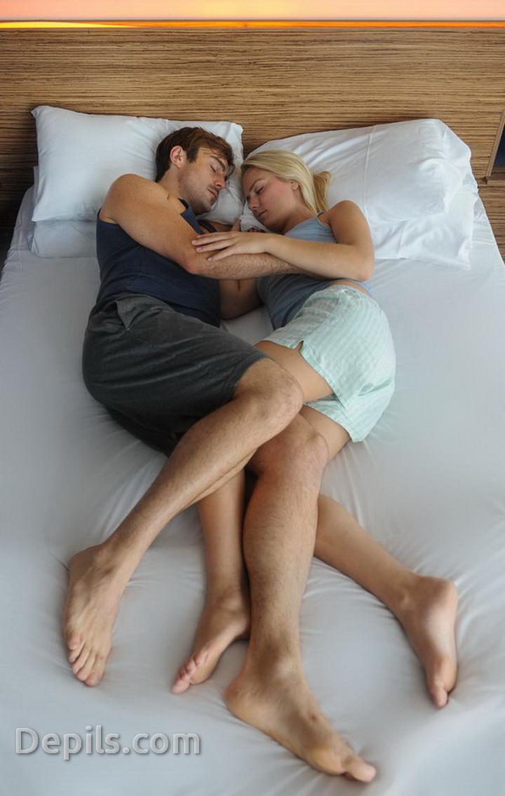 Uyku Pozisyonları İlişkiniz Hakkında Ne Anlatıyor